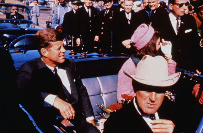 President John F. Kennedy and Jackie Kennedy in Dallas, Texas motorcade