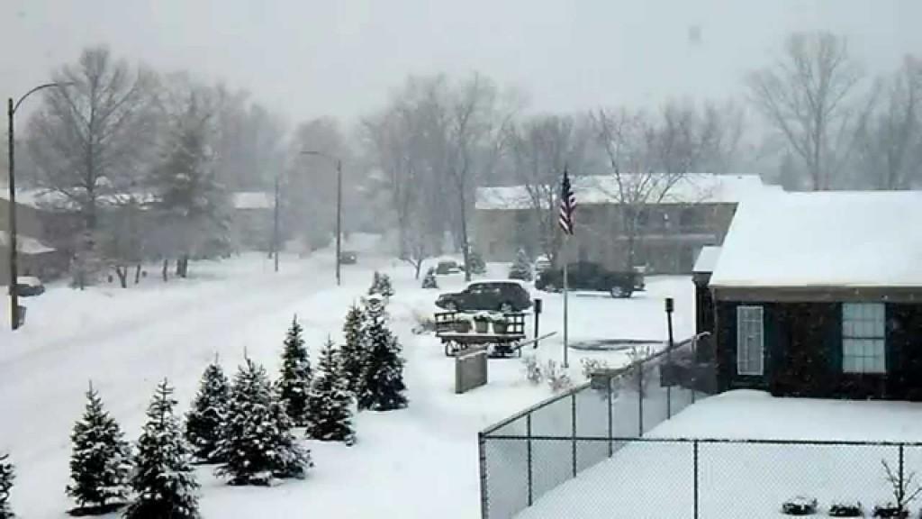 Heavy snowfall in Ft. Wayne (2014)